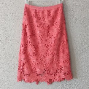 White House Black market lace skirt sz 2